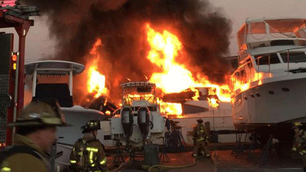 fort-lauderdale-yacht-incendio