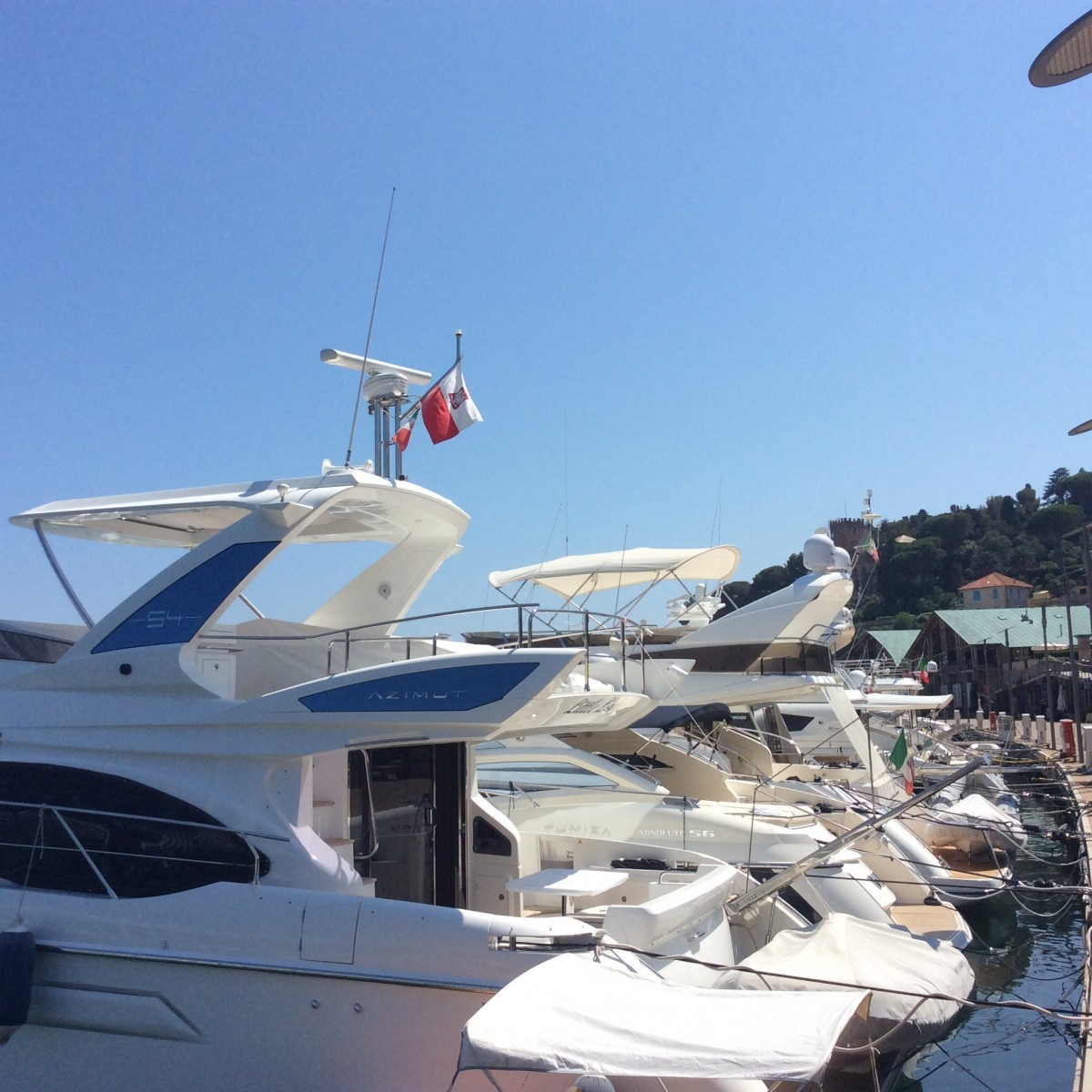 Marina-di-Varazze_yacht
